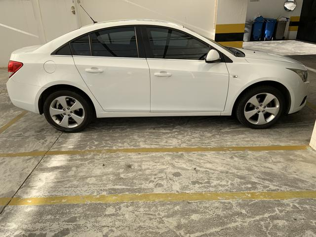Cruze Sedan Branco LT 1.8 Automático - Foto 3