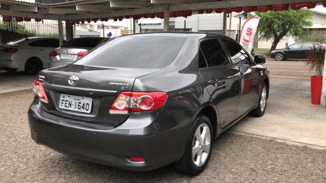 Toyota Corolla GLi 2013 - automático - Foto 5