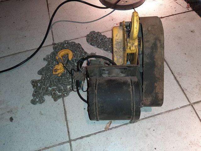 Talha elétrica 1t - 6mts de corrente  - Foto 5