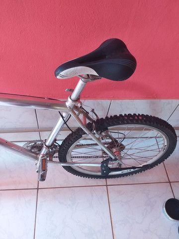 Bicicleta de alumínio - Foto 3