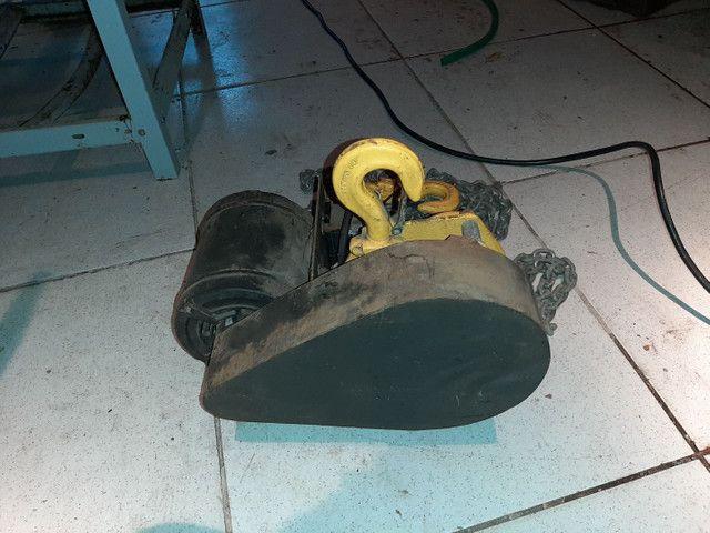 Talha elétrica 1t - 6mts de corrente  - Foto 4