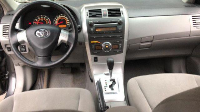 Toyota Corolla GLi 2013 - automático - Foto 6