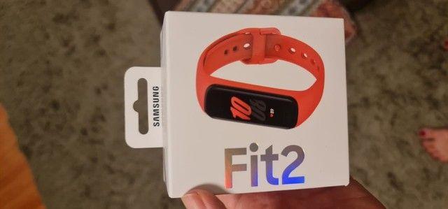 Relógio novo Samsung Galaxy Fit2 - Na caixa - Foto 2