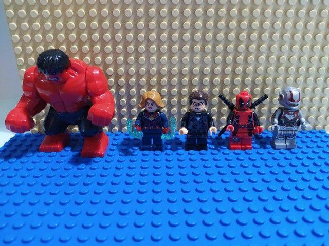 10 minifiguras similares LEGO - Foto 2