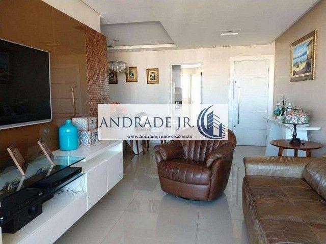 Apartamento nascente, ventilado e reformado no bairro de Fátima em ótima localização