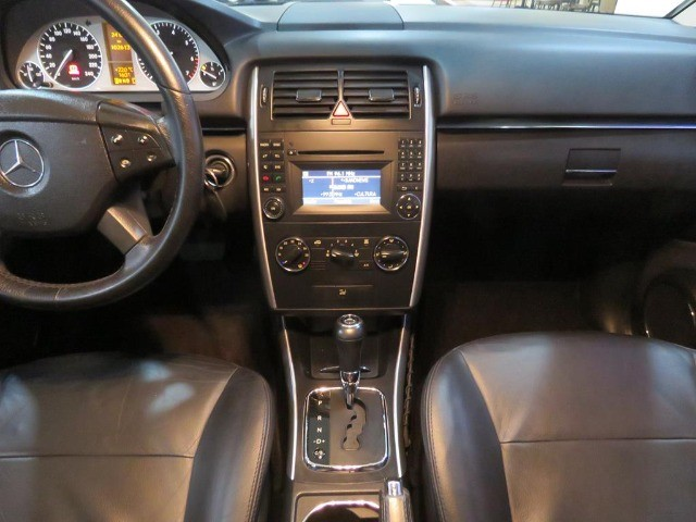 Mercedes-Benz B200 2.0 8v Turbo 4p Automático Top de Linha C/ Teto Panorâmico Único Dono - Foto 11