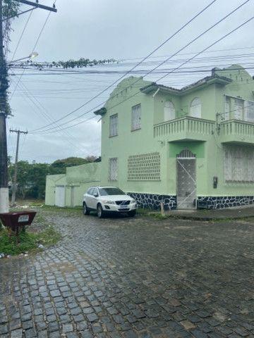 Alugo casa casarão serve p comercio ou moradia - Foto 2