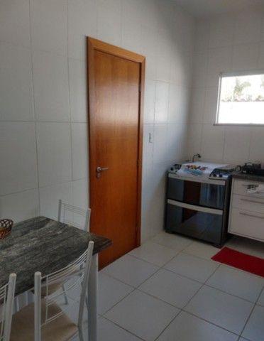 Casa 4/4, Semi mobiliada em cond fechado na Praia de Buraquinho em Lauro de Freitas - Foto 3