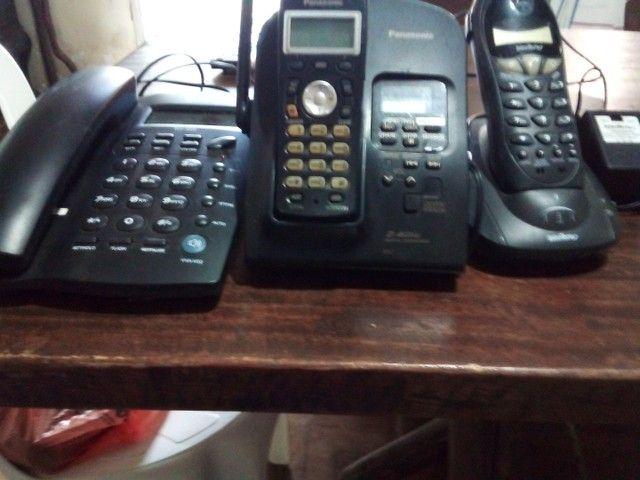 Aparelhos telefonicos funcionando desapego