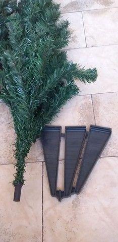 Árvore de Natal 02 peças completa com os pés  - Foto 4