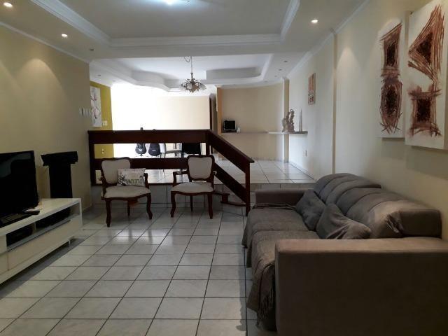 Apartamento 4 quartos (4 suítes ) Lagoa Nova