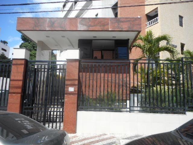 Apartamento com 3 quartos no Dionísio Torres