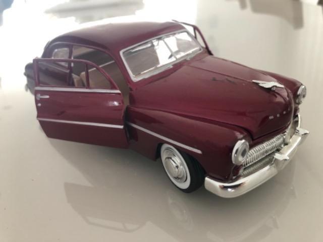 Miniaturas carros em metal 1:24 - Foto 2