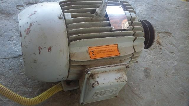 Motor trifásico - Foto 2
