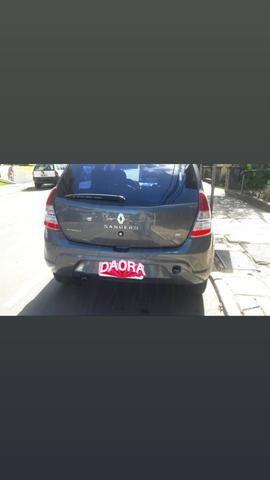 Carro Renault sandero - Foto 4