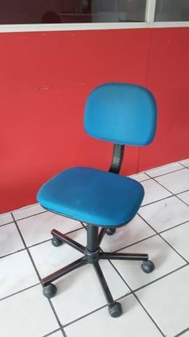 Cadeiras Estudante ótimo estado de uso - Foto 3
