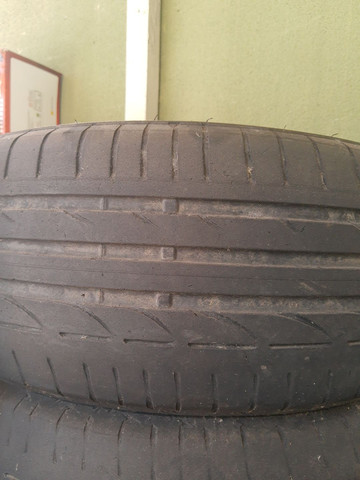 Pneus Bridgestone 225/50/17 - Foto 3