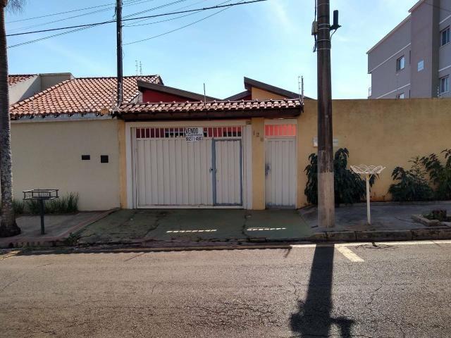 Vendo casa jd morumbi frente praça melhor bairro pra familia
