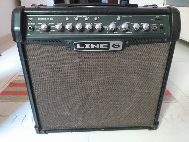 Ampli guitarra line 6 spider IV30 venda ou troca