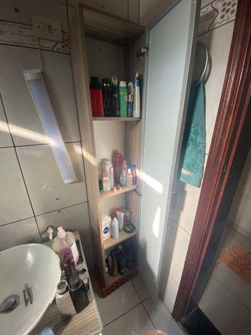 Armário vertical com espelho - Foto 2