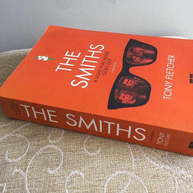 Livro biografia The Smiths - Foto 2