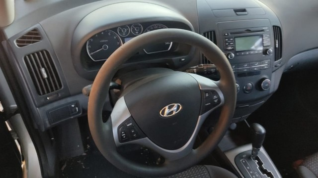 Hyundai I30 2.0 2011 Sucata Com Garantia Bom - Foto 9