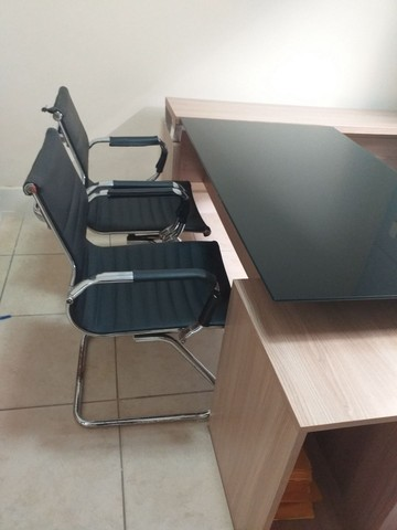 Mesa de consultório médico  - Foto 4