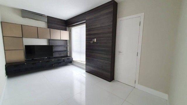 AB318 - Apartamento amplo com 04 suítes/fino acabamento/Vista mar - Foto 2