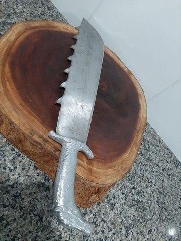 Vende-se facões. Leia a descrição