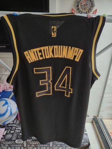 Camisa Milwaukee Bucks Golden Edition- Giannis Antetokounmpo - Foto 2