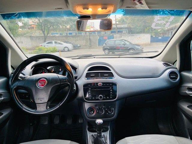Fiat Punto 1.6 16v essence 2013 c/ gnv de 5 geraçao. - Foto 2