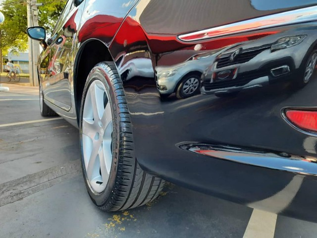 Peugeot 408 FELINE 2.0 AUT. - Foto 17
