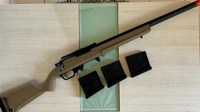 A I R S O F T Ares stryker AS01 com dois magazines extras