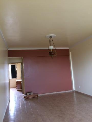 Apartamento no Bairro Morada do Sol, com 3 quartos e armários