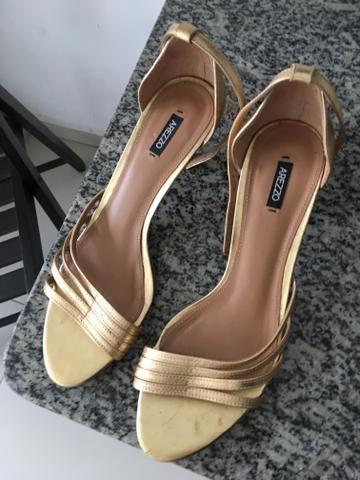 c4f8ee8dc6 Sandália Social dourada - Roupas e calçados - Campina