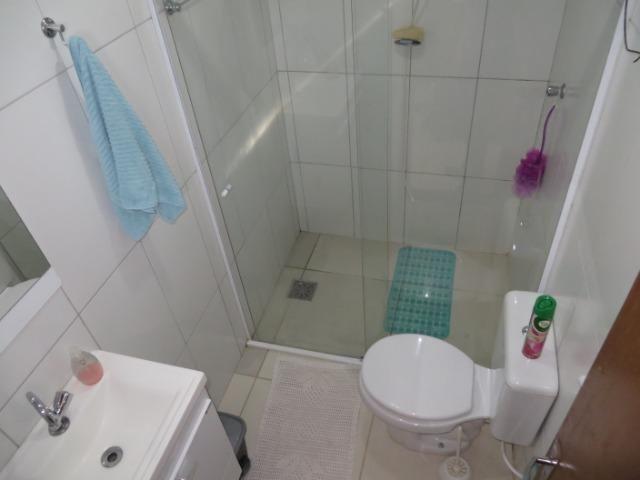 Vendo casa 3 quartos, uma suíte com churrasqueira. Estudo troca apartamento 3 quartos - Foto 14