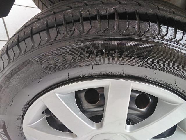 Sandero 2013 expression 1.0,impecável,90mkm,pneus novos,manual e chave copia - Foto 19