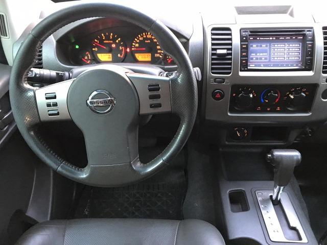Nissan Frontier 2.5 LE AT 4X4 2013 - Foto 8