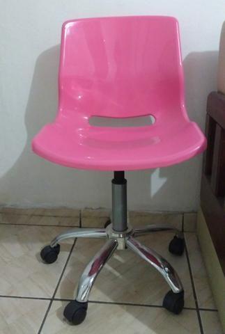 Cadeira de escritório rosa