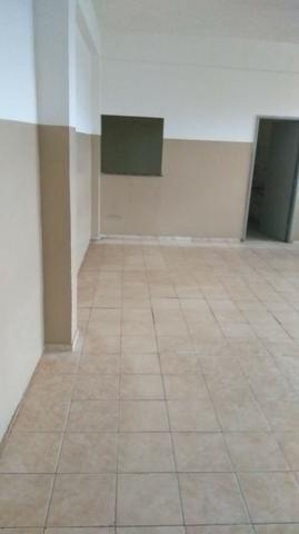 Galpão + salas + estacionamento - Foto 3