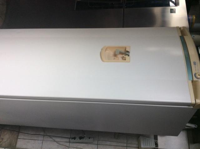Geladeira 400 semi nova - Foto 3