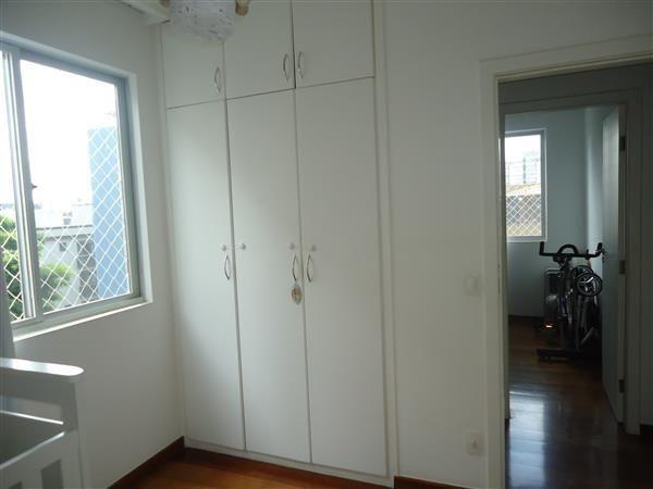 Ótimo Apartamento 3 quartos, prédio revestido, elevador,2 vagas - B.Buritis - Foto 11