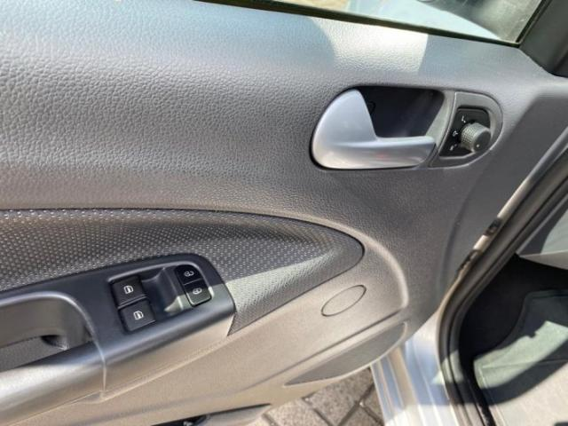 Volkswagen voyage 2013 1.6 mi comfortline i-motion 8v flex 4p automatizado - Foto 8