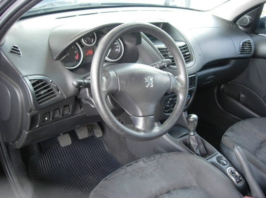 Peugeot 207 XR S 1.4 2009 - Foto 7