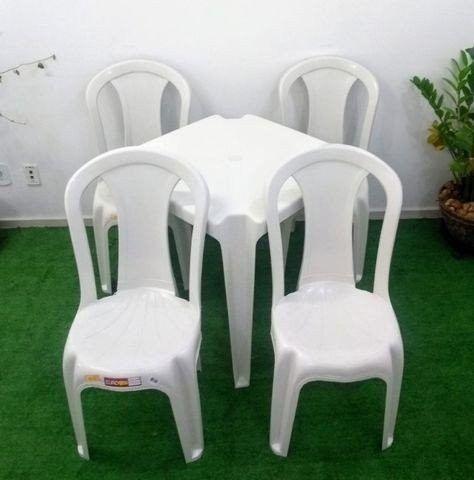 Mesa com cadeira de plastico - Foto 2