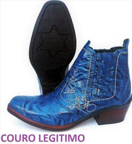 Bota country cor azul couro legitimo marca campolina - Foto 4