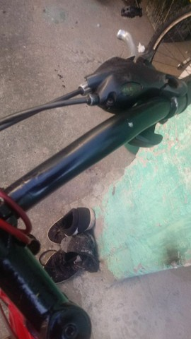 Vendo bicicleta aluminium aro 26  - Foto 5