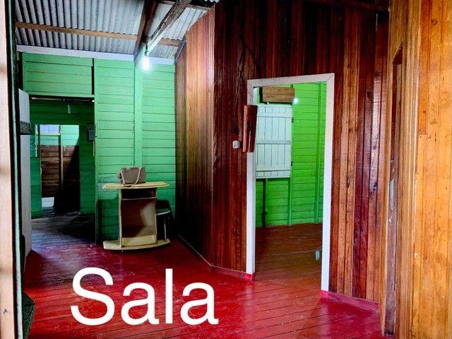 Casa de dois andares em madeira, em área de ressaca  - Foto 3