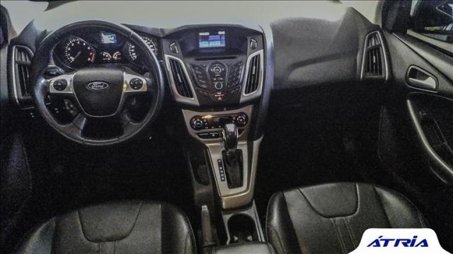 Ford Focus 2.0 se Sedan 16v - Foto 5