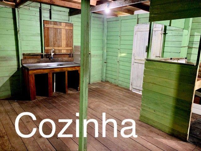 Casa de dois andares em madeira, em área de ressaca  - Foto 4